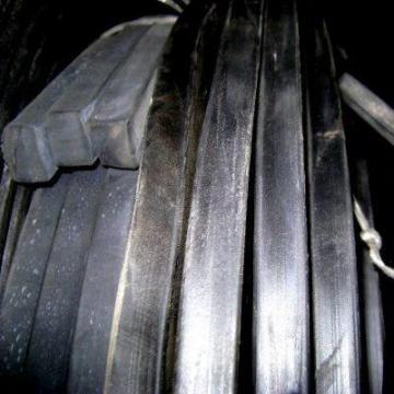 Шнуры резиновые квадратного сечения